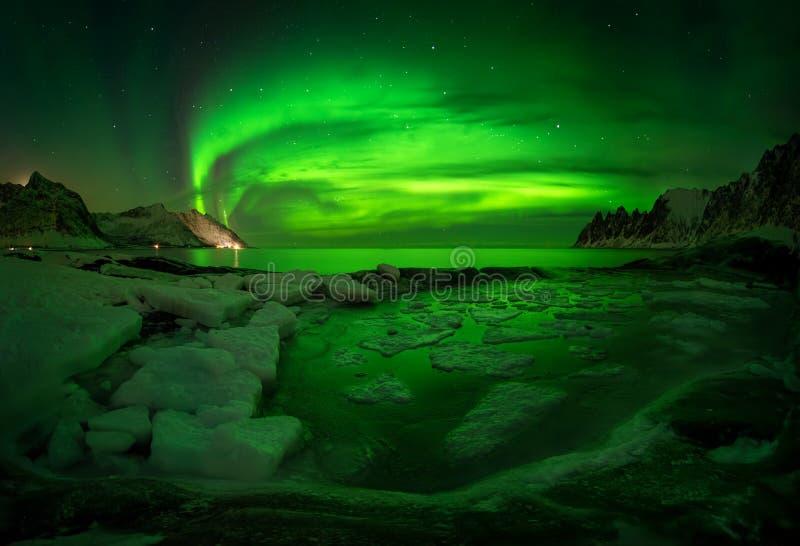Hielo de la aurora de Tugeneset imagen de archivo