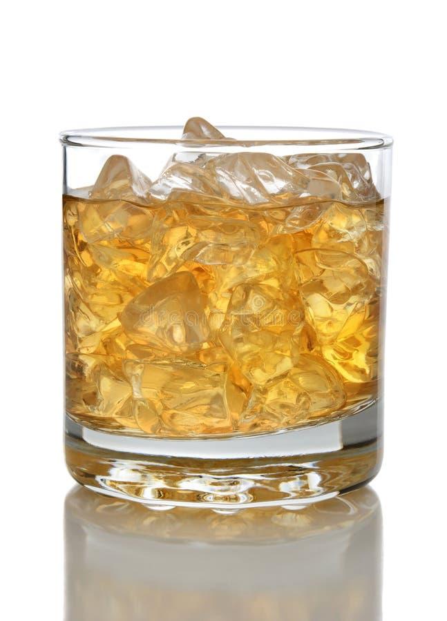 Hielo y whisky fotografía de archivo
