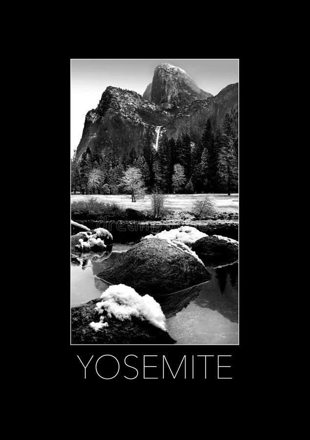 Hier is Yosemite in de winter in een afficheformaat stock afbeeldingen