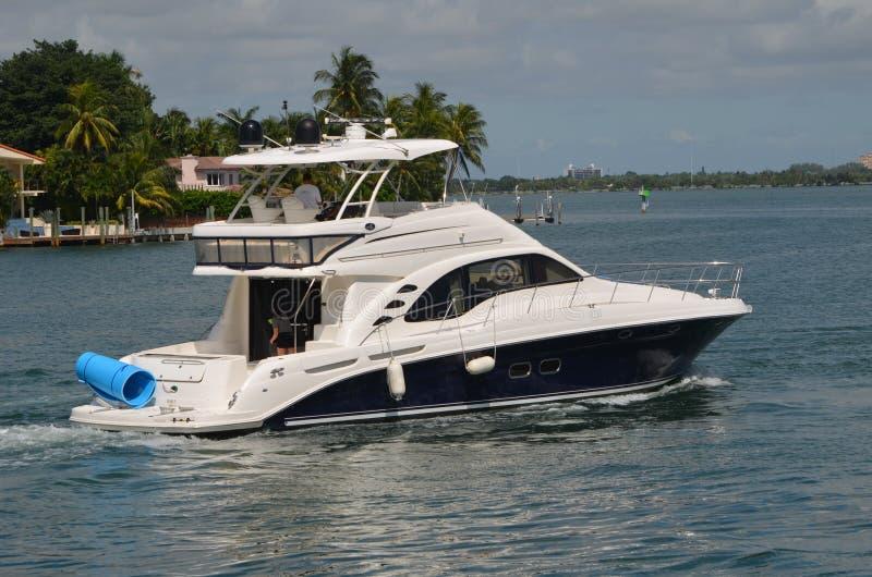 High End Cabin Cruiser Off Rivo Alton Island In Miami Beach, Florida royalty free stock images
