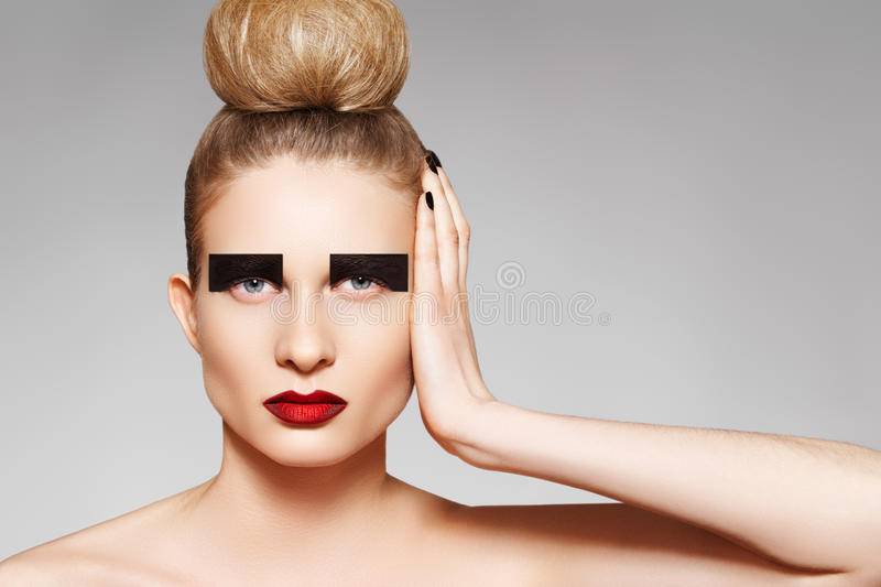 High Fashion Style Creative Make Up And Hairstyle Stock Image Image Of Clean Dark 18899803