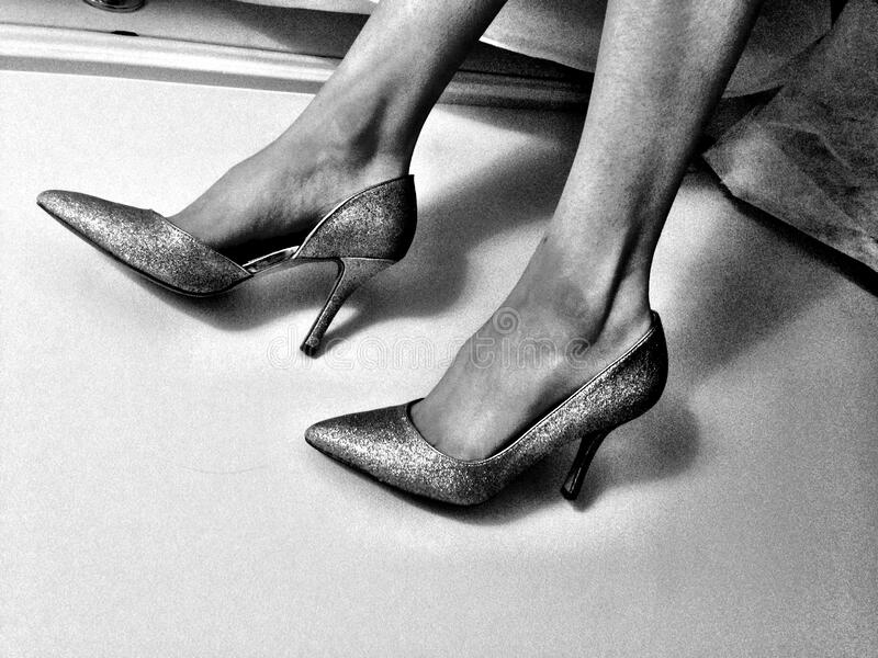 High Heels On Woman's Feet Free Public Domain Cc0 Image