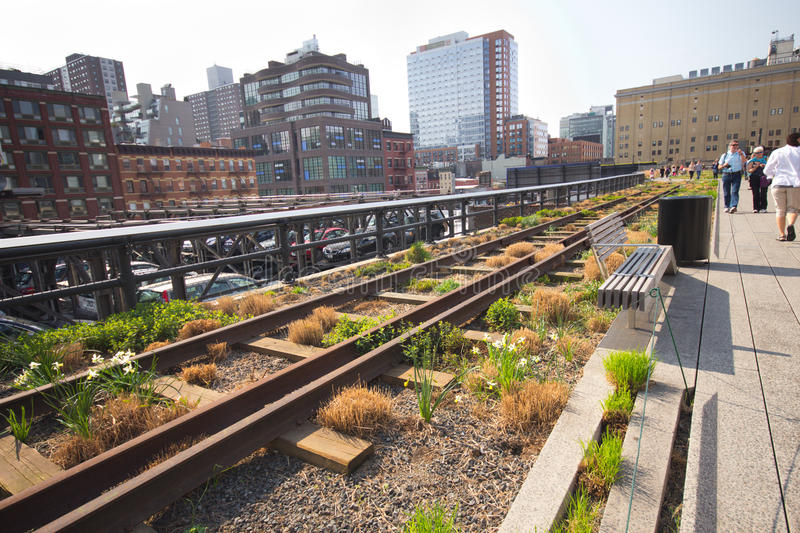Download High Line Park NYC editorial image. Image of construction - 24126795