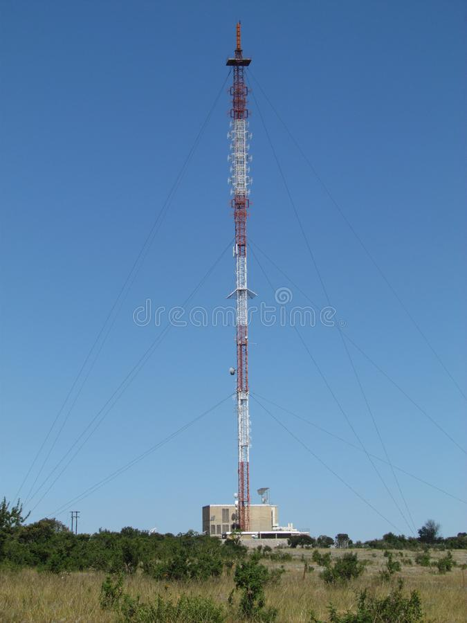 The 137 metre mast and transmitter site at Fort Mistake. The high-power Fort Mistake transmitter site broadcasts many FM and TV channels to a large area stock photo