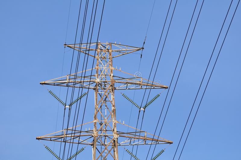 High-power transmissie van de torenmacht stock afbeeldingen