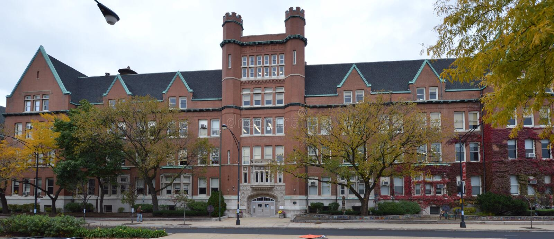 High School de Lakeview imagens de stock royalty free