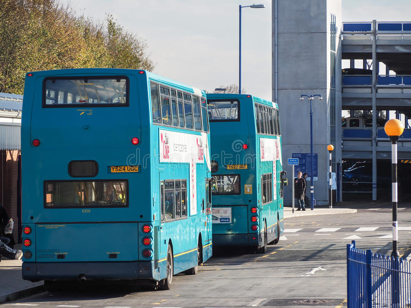 High Wycombe, het UK - 9 November, 2014: Het Busstation w van High Wycombe stock foto