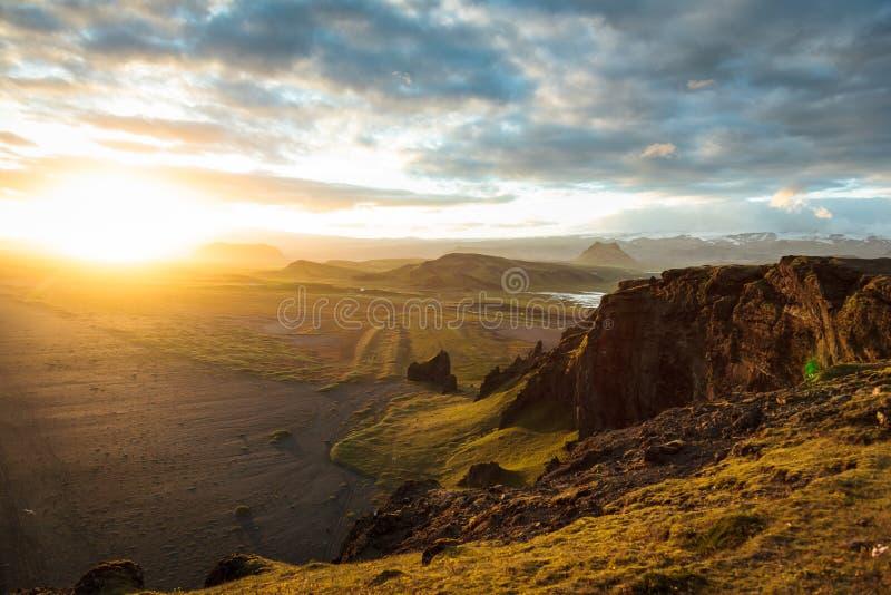 Highand på solnedgången i Island royaltyfri bild