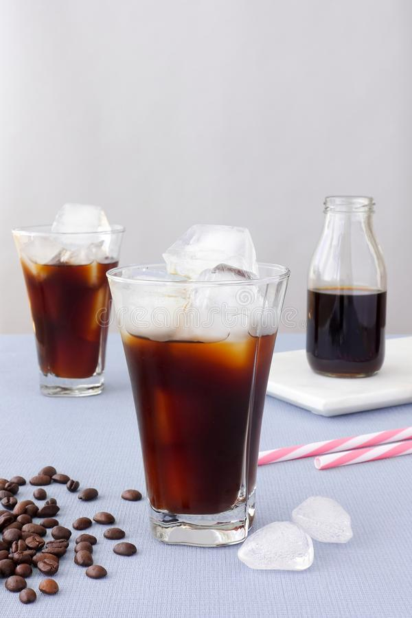 Highball翻转者的构成用冰冻咖啡 库存图片