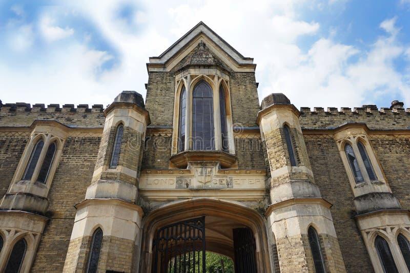 HIGHGATE, LONDON, Großbritannien - 12. März 2016: Äußeres der Kapelle im Westkirchhof lizenzfreie stockfotografie