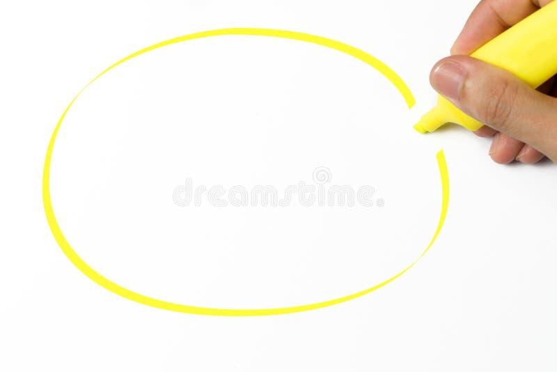 Highlighter amarelo e círculo vazio do desenho fotos de stock royalty free