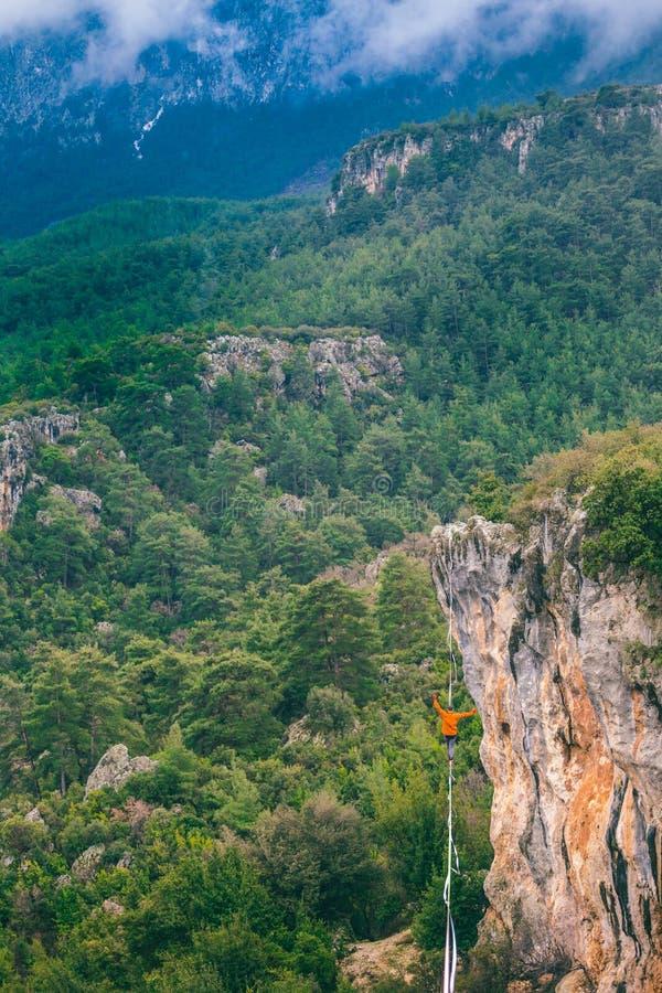 Highline w górach obraz royalty free