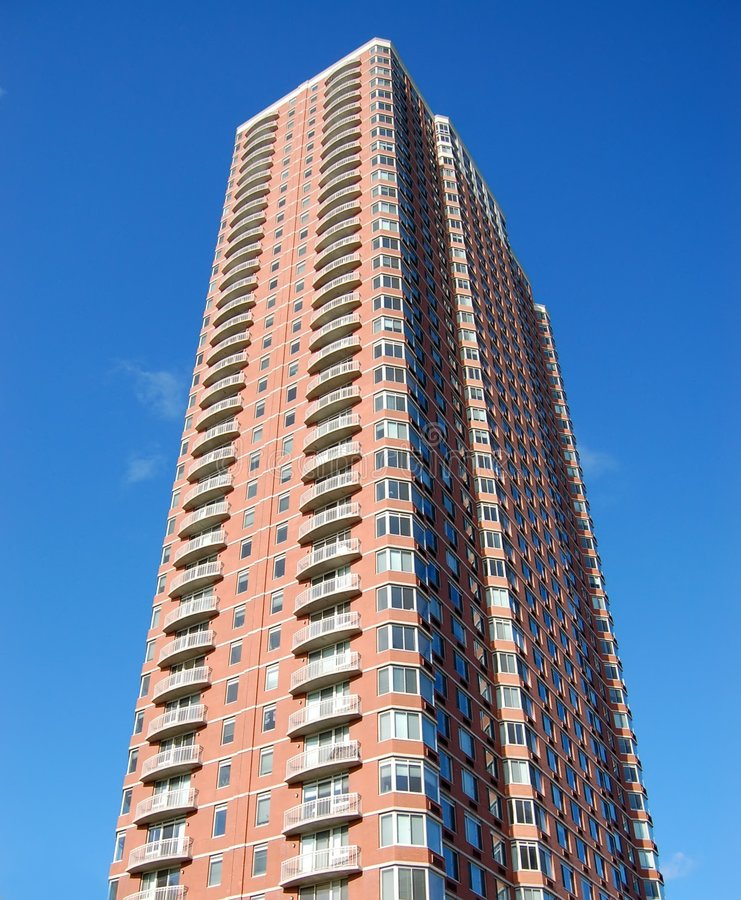 Free Apartment: Highrise Apartment Building Royalty Free Stock Images