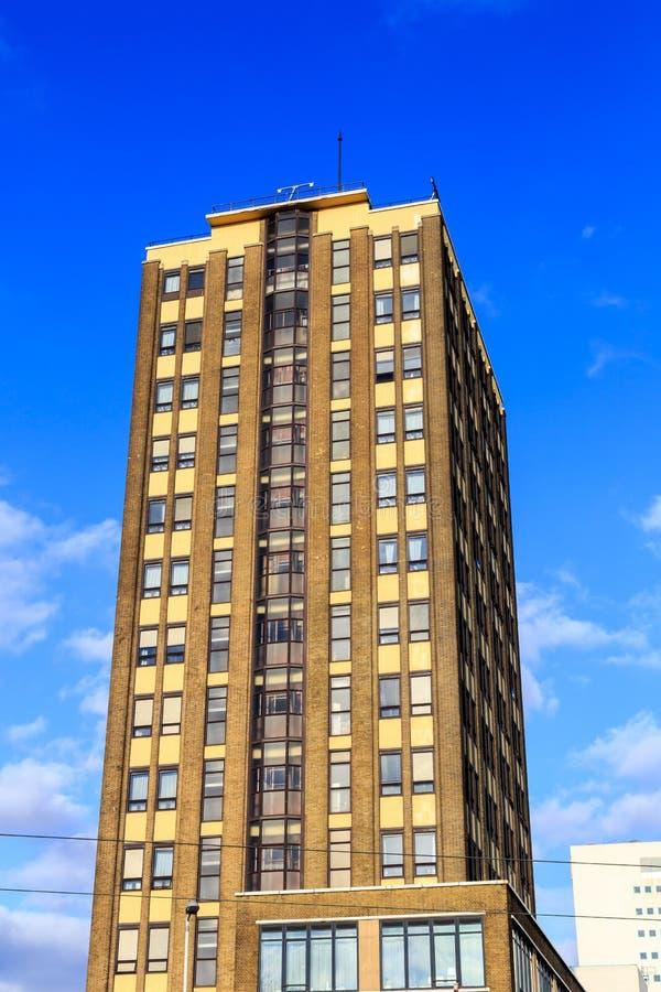 Highrise budynek mieszkaniowy fotografia stock