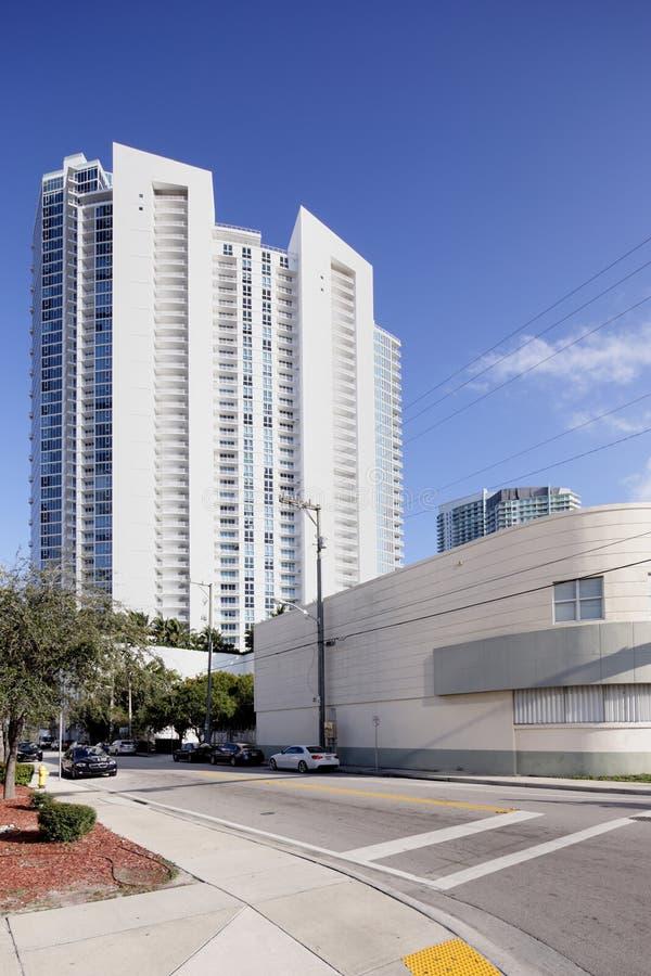 Highrise di Moden a Miami immagini stock libere da diritti