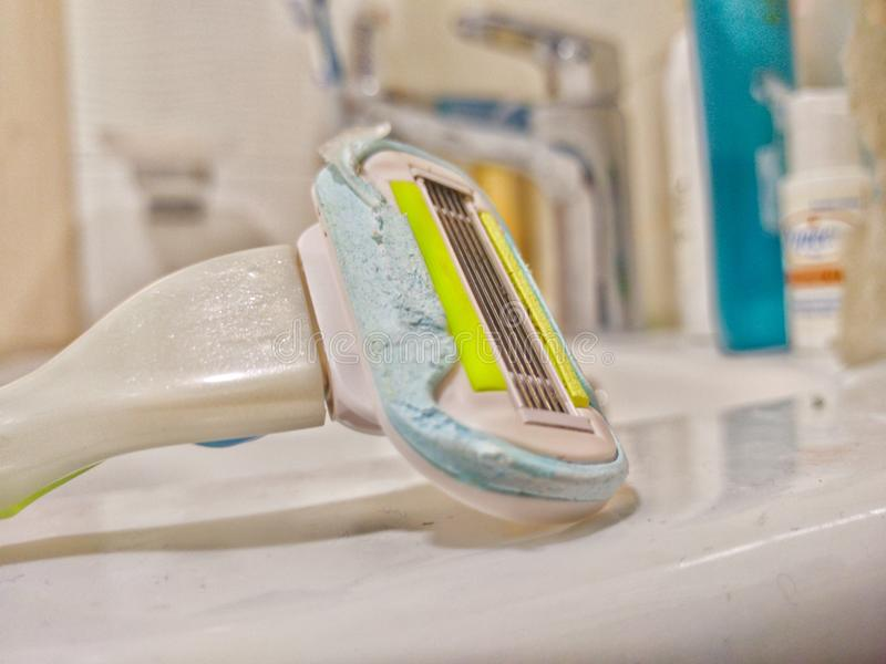 Higiene de la maquinilla de afeitar foto de archivo libre de regalías