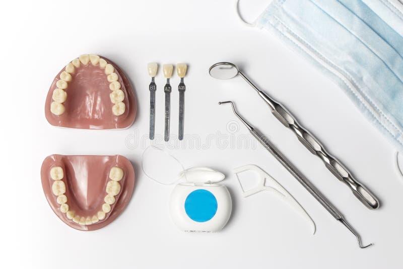 Higieny maska z toothbrushes obrazy stock