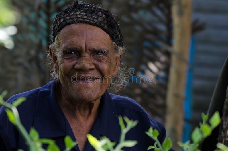 HIGUEY, DOMINICAANSE REPUBLIEK - 29 OKTOBER, 2015: Portret van oude Dominicaanse vrouw stock foto's