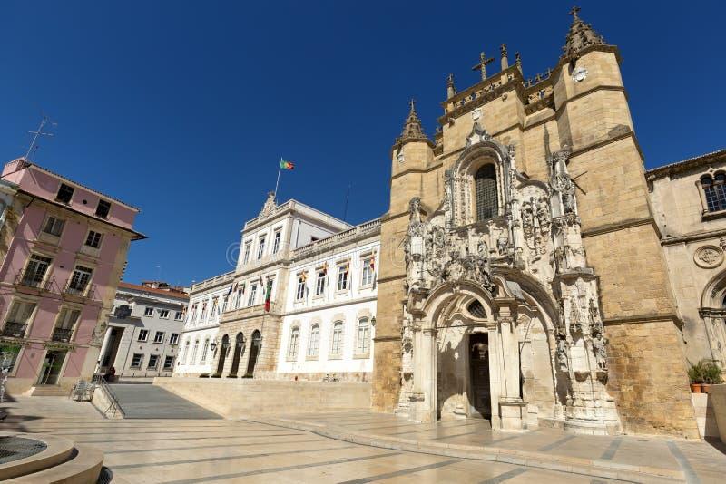 Hij Santa Cruz Monastery (Klooster van het Heilige Kruis) is een Nationaal Monument in Coimbra, Portugal stock afbeeldingen