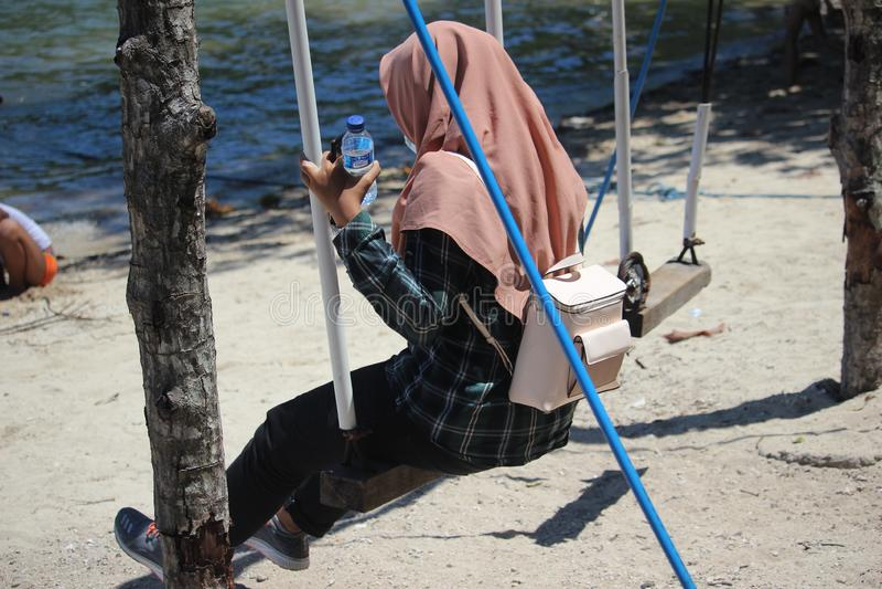 Hijabers που το βουνό Ijen, Banyuwangi, Ινδονησία στοκ φωτογραφία με δικαίωμα ελεύθερης χρήσης