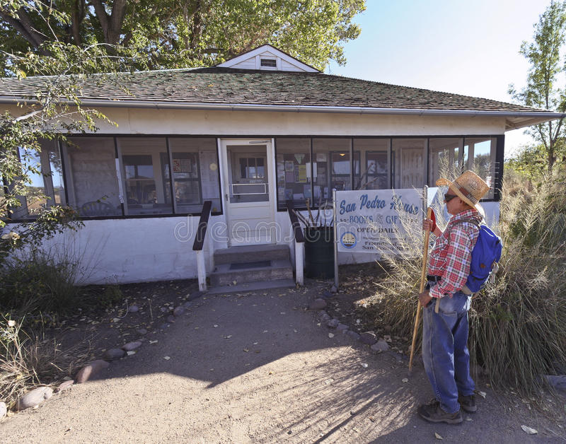 Download A Hiker At The San Pedro House Editorial Image - Image: 21878450
