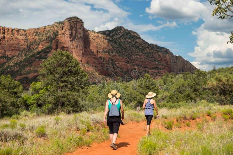 Hikers Sedona стоковые фотографии rf