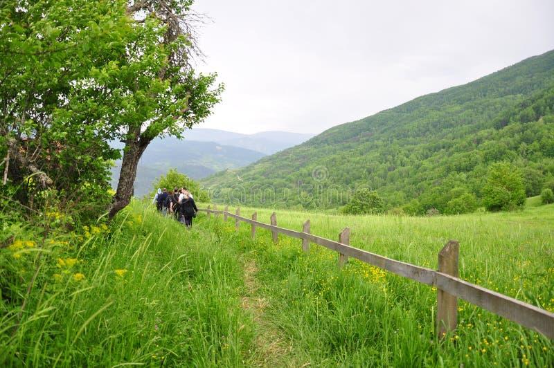 hiking люди стоковые фотографии rf