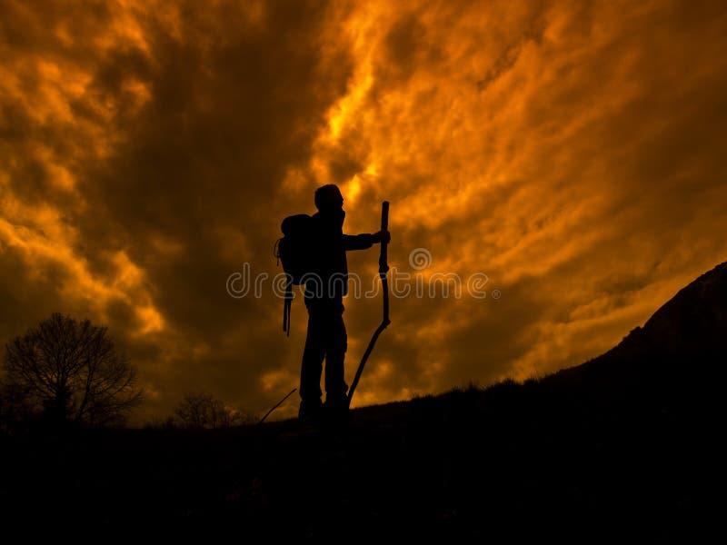 hiking человек стоковые изображения