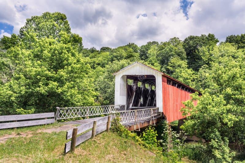 Hildreth被遮盖的桥 库存照片
