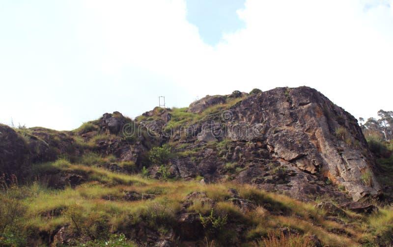 Hill με το τοπίο ουρανού στοκ εικόνες