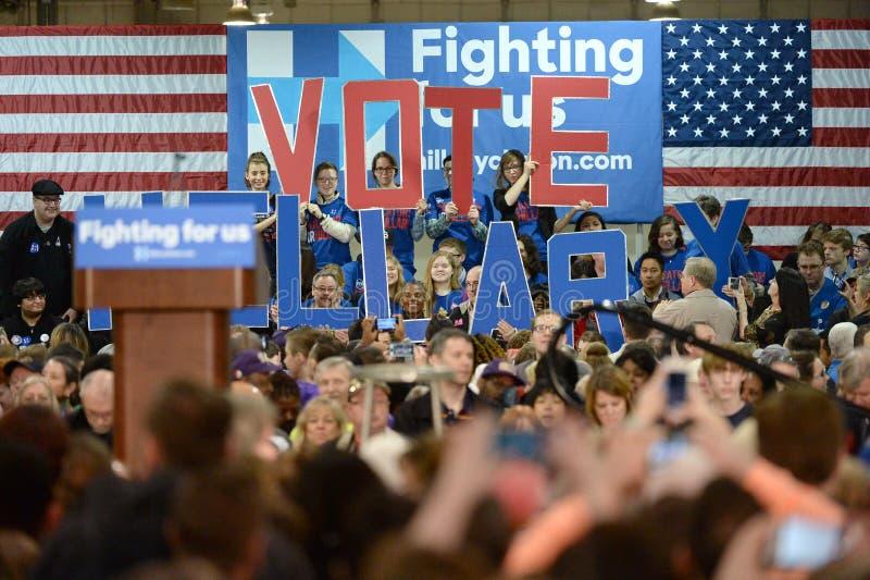 Hillary Clinton Campaigns en St. Louis, Missouri, los E.E.U.U. imagen de archivo