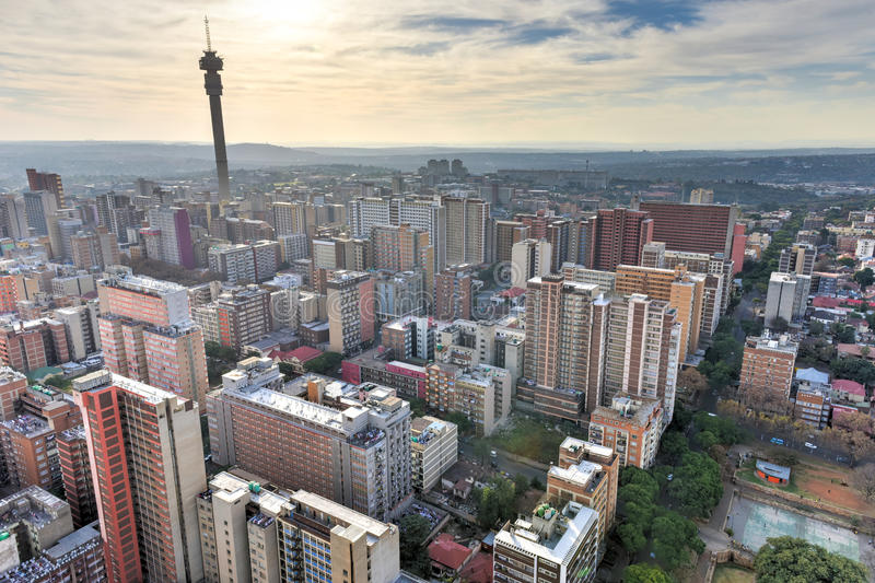 Hillbrow-Turm - Johannesburg, Südafrika lizenzfreie stockfotos