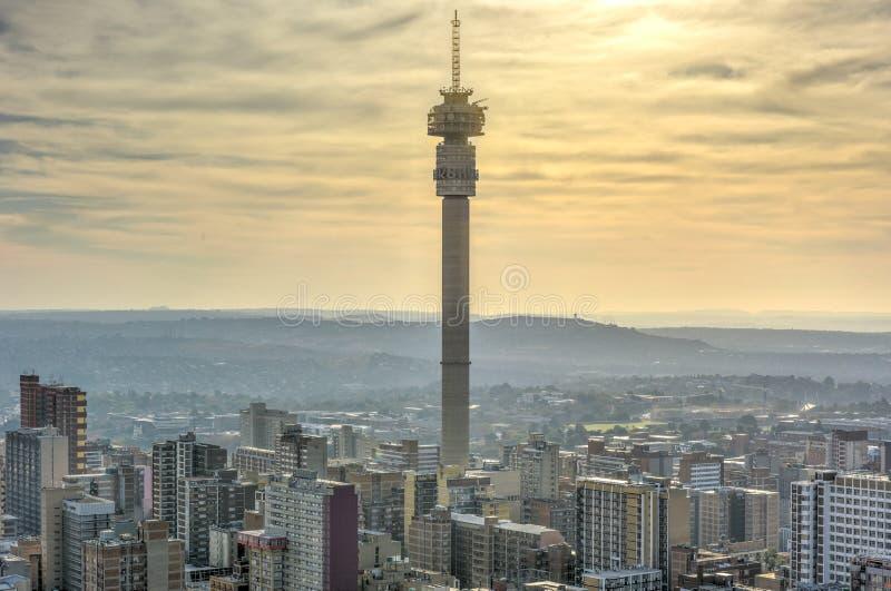 Hillbrow-Turm - Johannesburg, Südafrika lizenzfreie stockfotografie