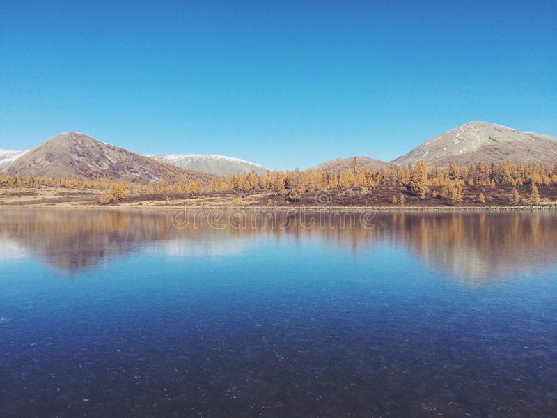 Hills Reflecting In Still Lake Free Public Domain Cc0 Image