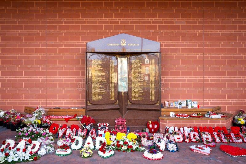 Hillsborough-Denkmal an Anfield-Stadion in Liverpool, Großbritannien lizenzfreie stockbilder