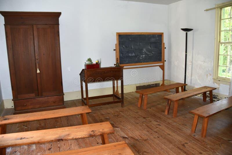 Hillsborough, NC: Scuola 1821 di Burwell per l'aula delle donne fotografie stock