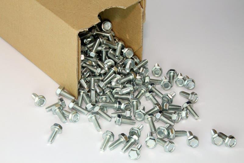 Hilo que forma los tornillos de la caja imagen de archivo libre de regalías