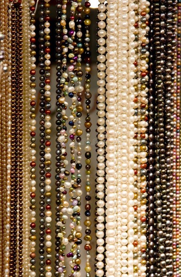 Hilos de granos y de perlas fotos de archivo libres de regalías