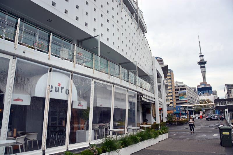 Hilton Hotel als een Schip in Viaductbassin wordt gevormd, Auckland dat royalty-vrije stock afbeeldingen