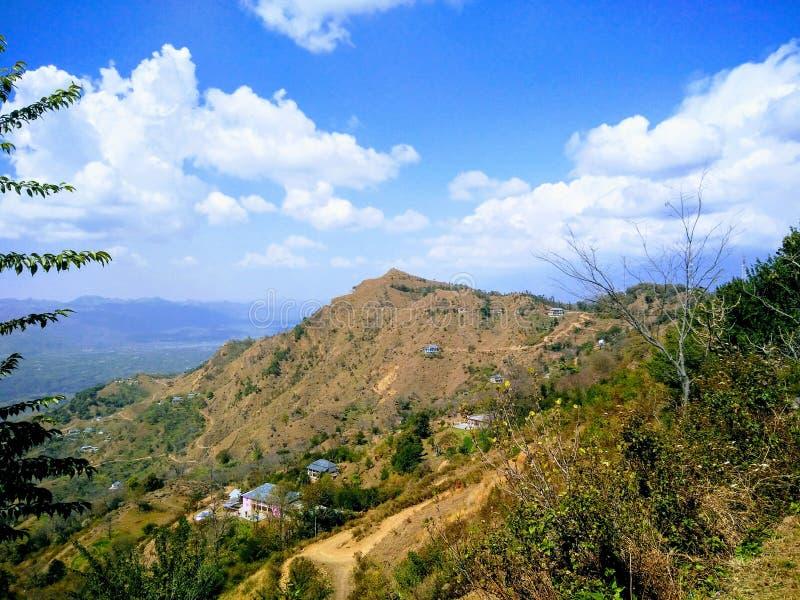 Himachal terräng arkivbild