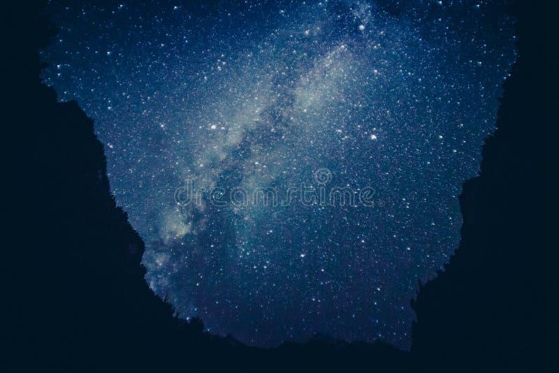 Himalaje góra z gwiazdami zdjęcie royalty free