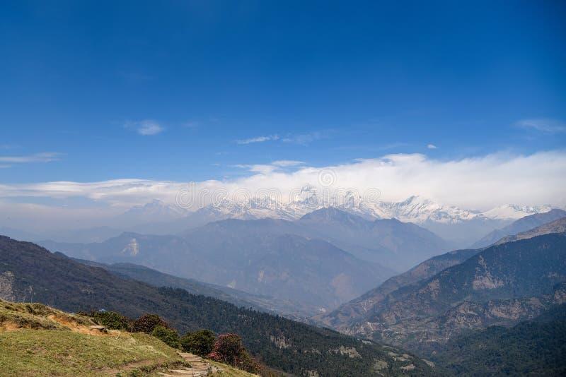 Himalaje pasma krajobraz w Nepal zdjęcia royalty free