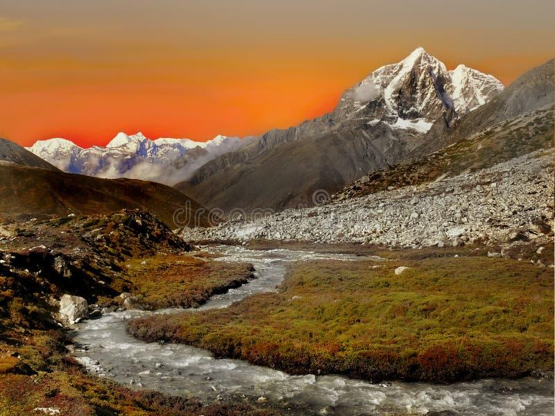 Himalajski góra zmierzch obraz stock