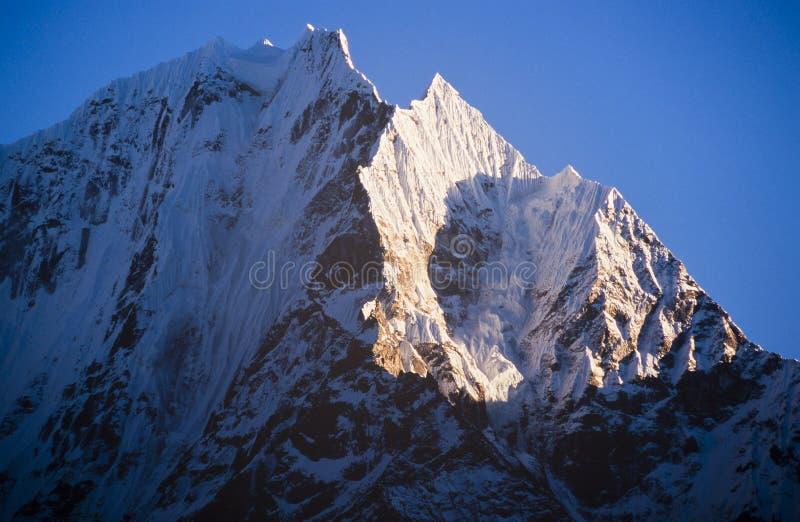 Himalaya berg royaltyfria foton