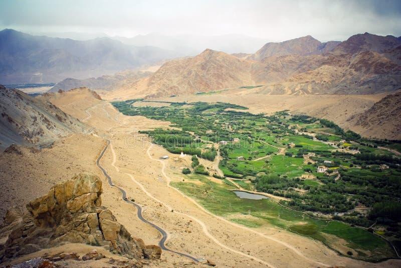 Himalaya, cidade do vale de Nubra. foto de stock royalty free