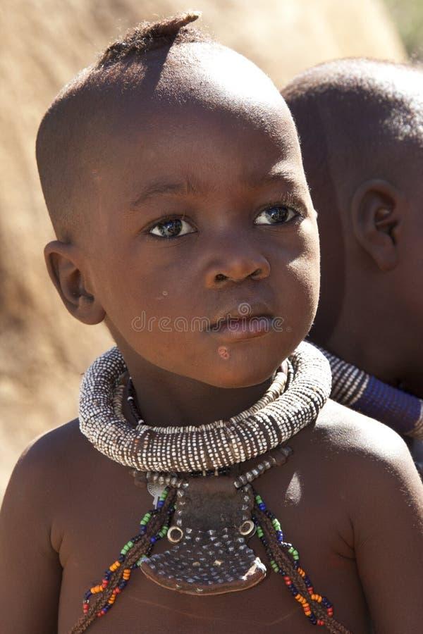 himba纳米比亚游牧部落 免版税库存照片