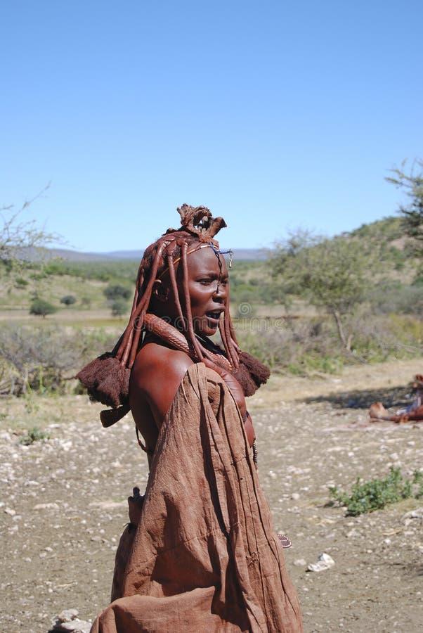Himba Frau. Gebürtiges afrikanisches peolple stockbild