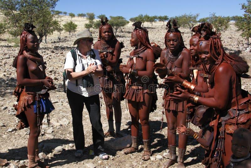 himba Namibia koczowniczy turystyczny plemię fotografia royalty free