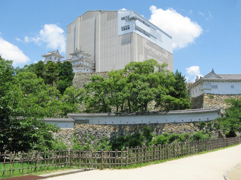 Himeji Castle under reconstruction+defense walls
