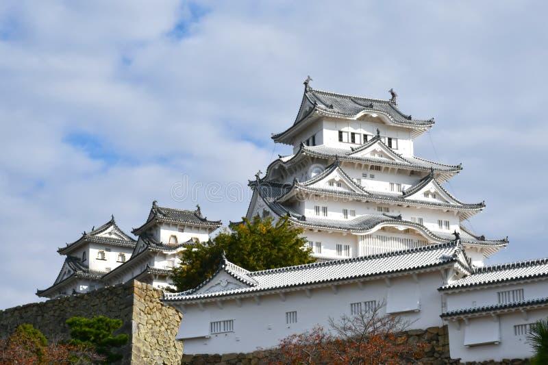 Himeji slott under sen höst royaltyfri fotografi